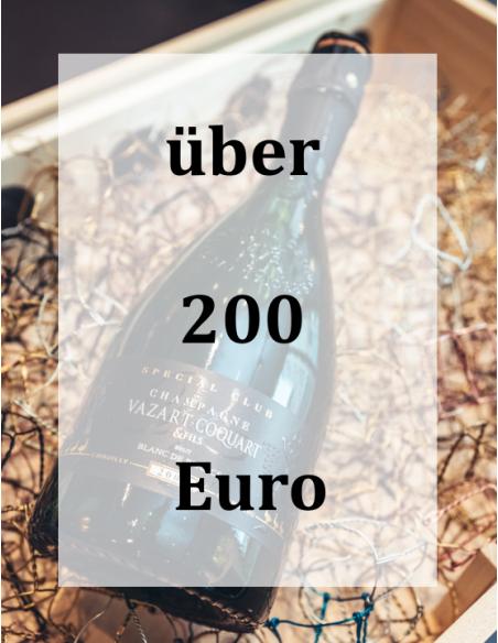 Über 200 Euro